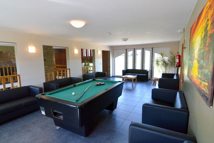 Les bains 48 p vakantiehuizen met priv zwembad - Zwembad met kookeiland ...