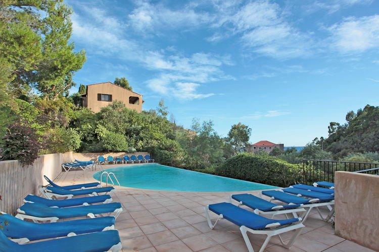 La bussola vakantiehuizen met priv zwembad for Vakantiehuisjes met prive zwembad