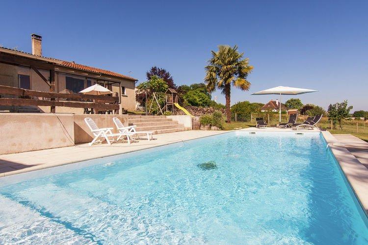 La roche chalais vakantiehuizen met priv zwembad for Zwembad prive