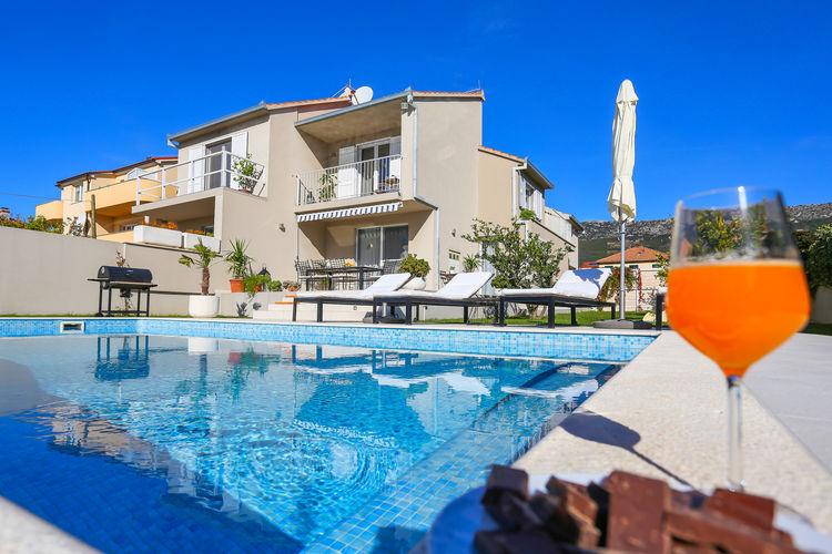 Villa elysium vakantiehuizen met priv zwembad for Vakantiehuisjes met prive zwembad