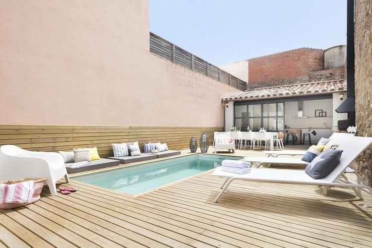 Pink house vakantiehuizen met priv zwembad for Zwembad prive