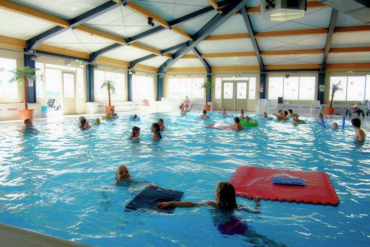 ferienresort cochem 4 - vakantiehuizen met privé zwembad