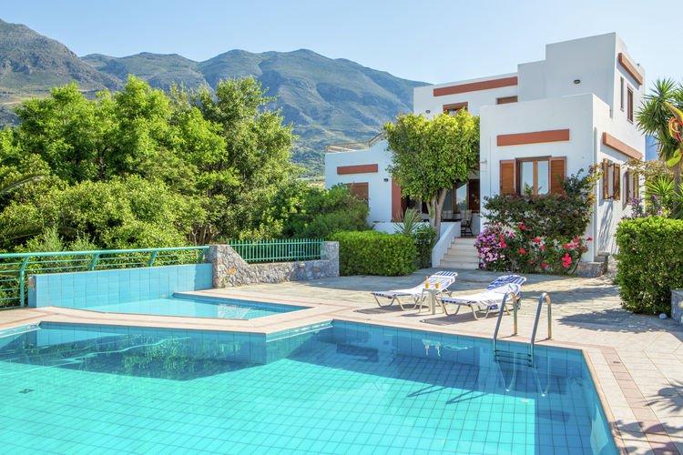 Villa thymari vakantiehuizen met priv zwembad for Vakantiehuisjes met prive zwembad