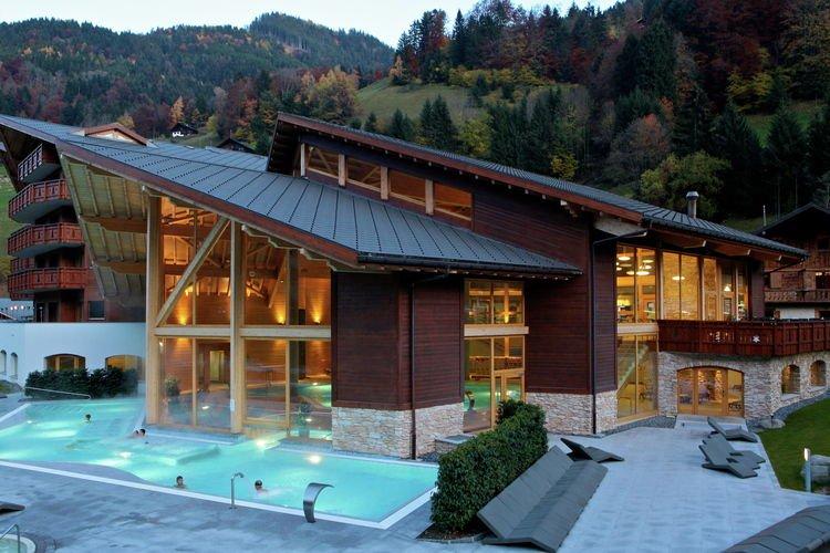 Thermes parc vakantiehuizen met priv zwembad for Vakantiehuisjes met prive zwembad